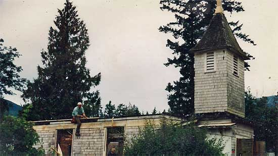 church-no-roof12